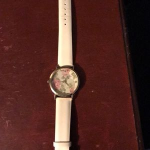 Jewelry - Adorable floral watch. NWOT